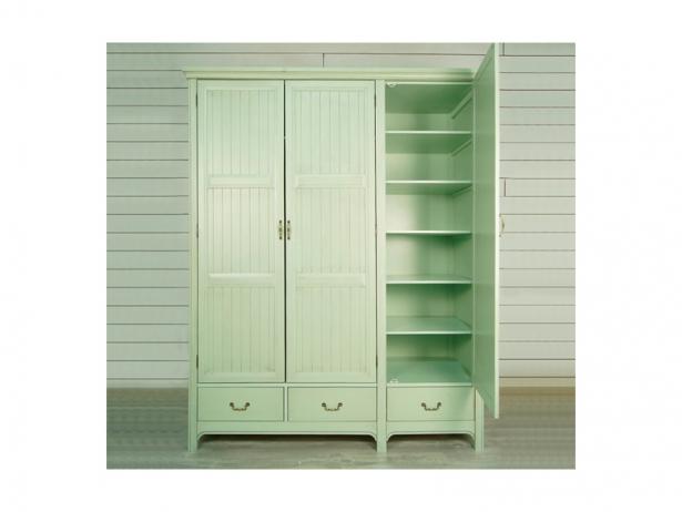 Шкаф трехстворчатый Olivia